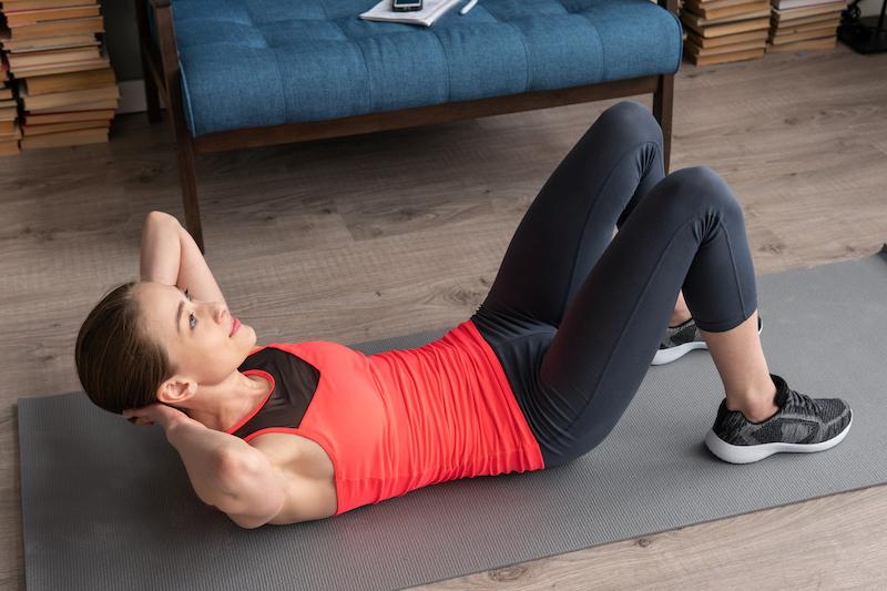 le crunch un exercice qui cible les abdominaux