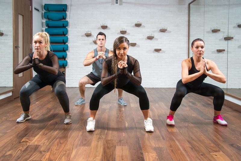 les squats pour avoir un ventre plat